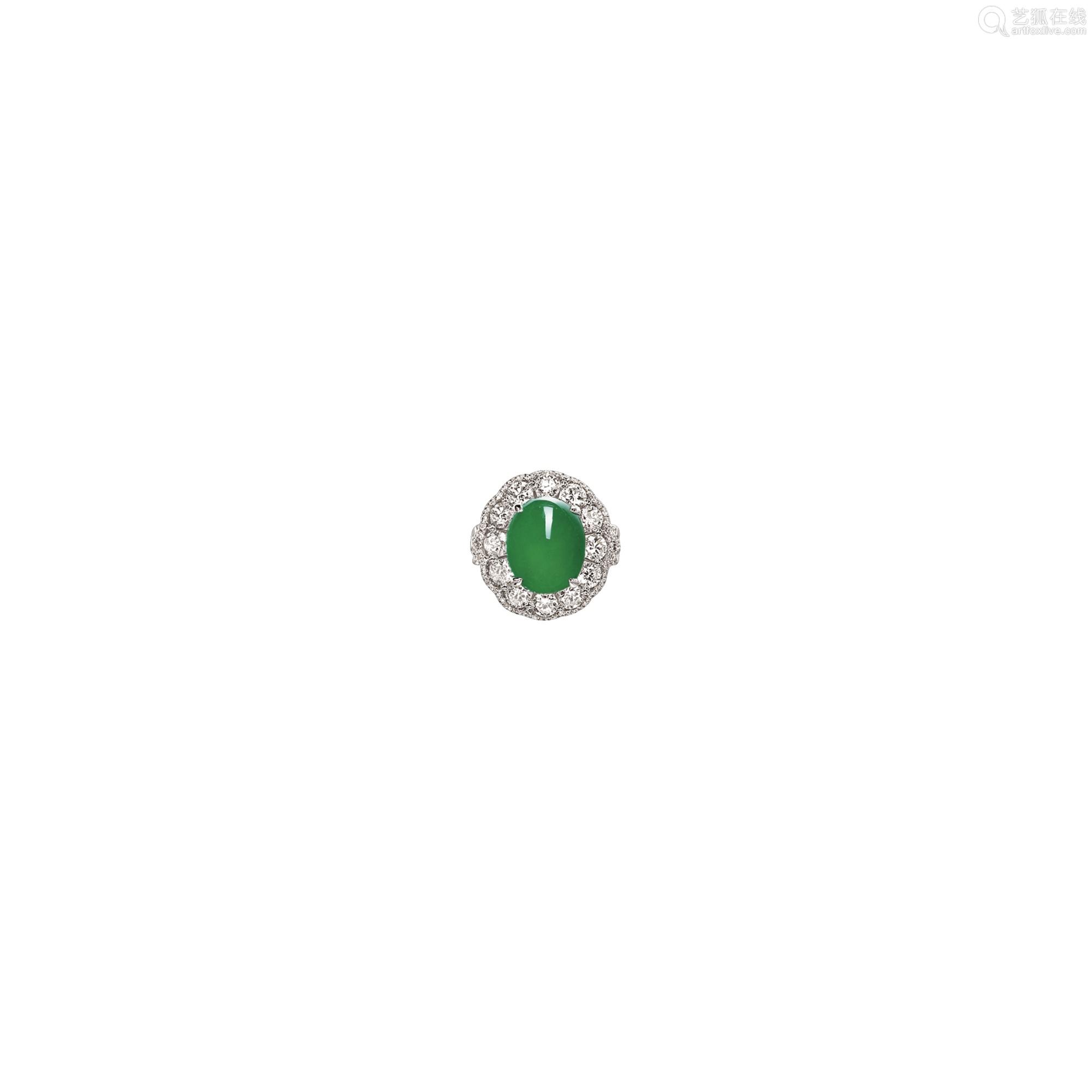 天然翡翠配钻石戒指