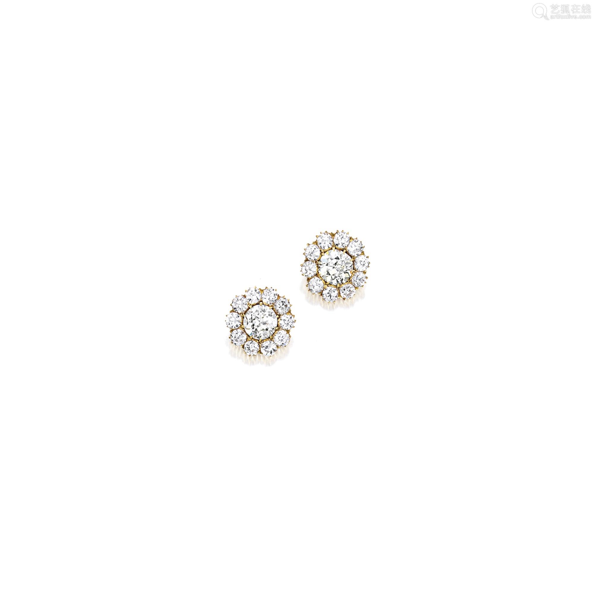钻石耳环 (一对)