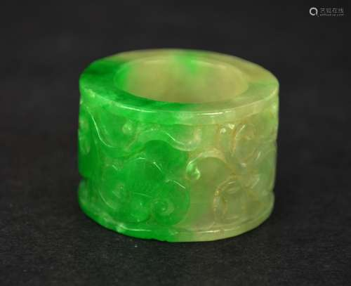 Chinese Carved Antique Jadeite Thumb Ring