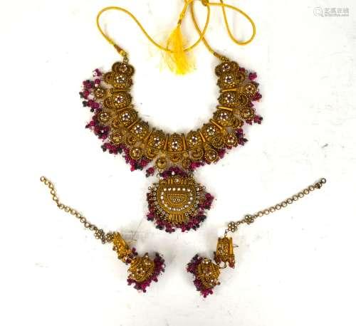 Indian Silver Necklace & Earrings w Gemstone