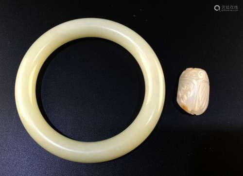 Two Chinese Jade Bangle and Jade Carving