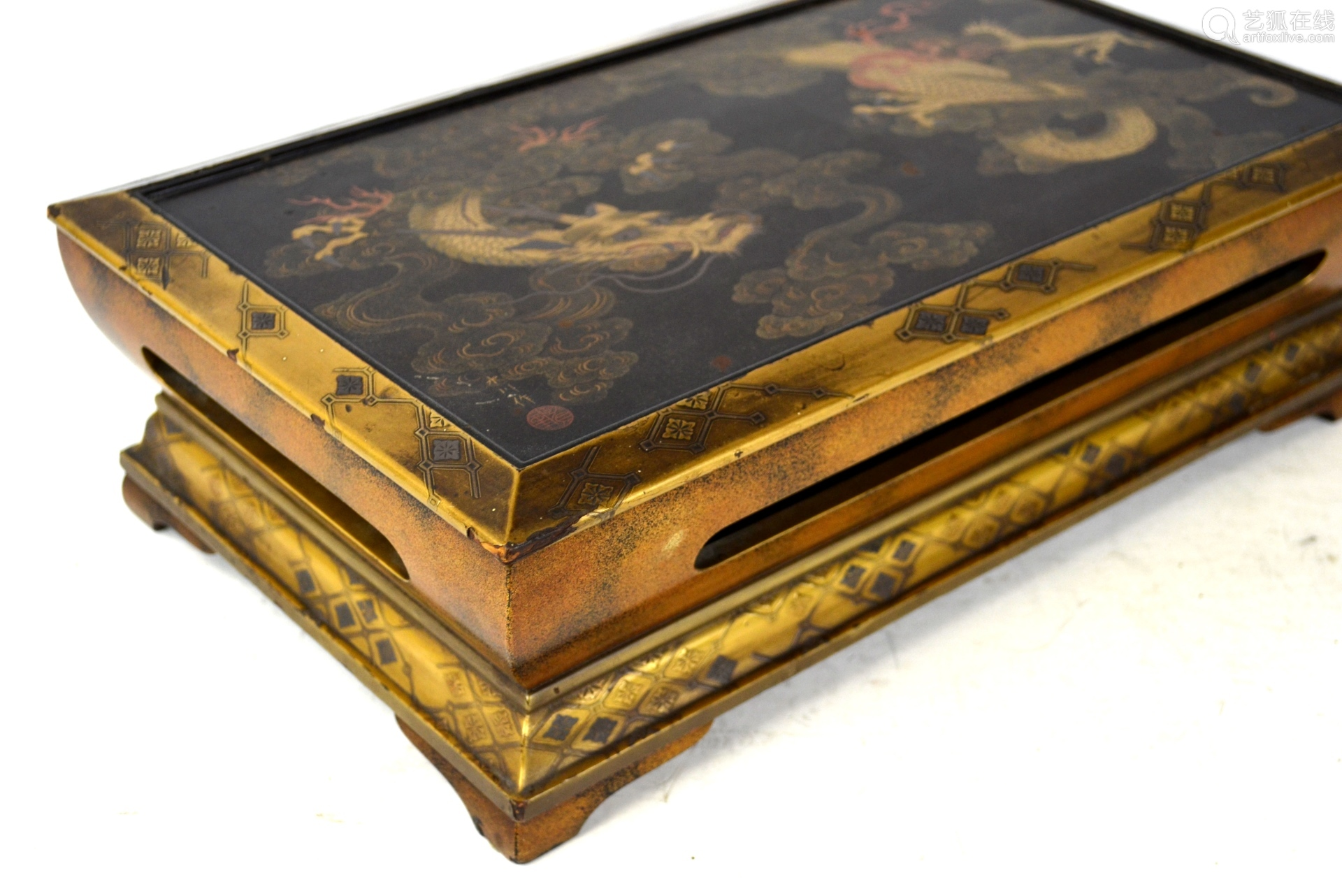 Fine Japanese Lacquered Gilt Wood Stand