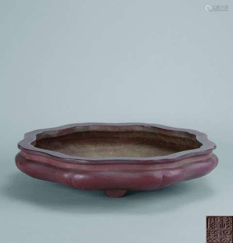 清代(1644-1911) 钱子麐制 紫泥菱花形紫砂花盆