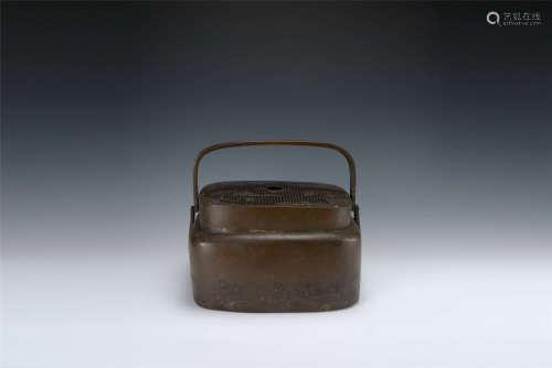 清代 銅山水人物紋手爐