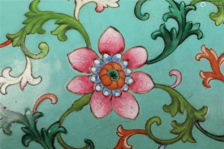 清 绿地缠枝花卉大盘