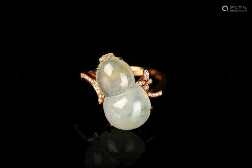 黄金镶翡翠葫芦戒指