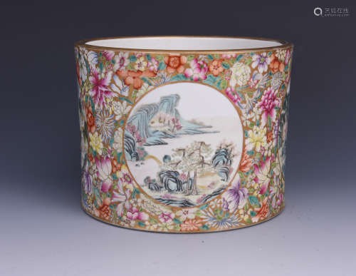 A FAMILLE ROSE PORCELAIN BRUSH POT