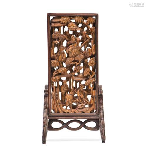 A CARVED HUANGYANG BOXWOOD TABLE SCREEN