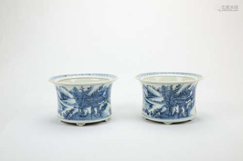 A Pair of Chinese Blue and White Porcelain Planters