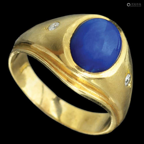 A UNISEX 18K GOLD RING
