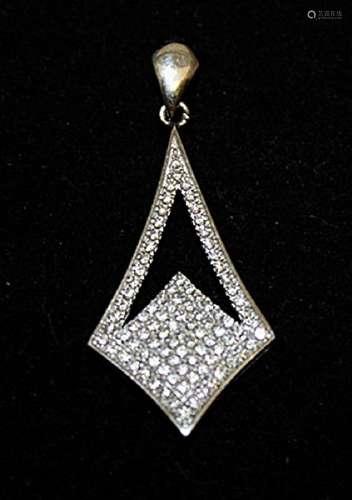 Elegant White Sapphire Silver Pendant (26P)