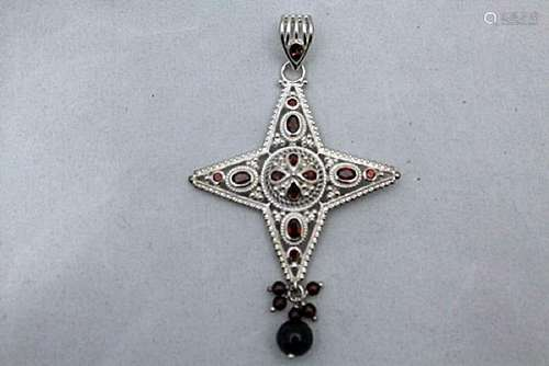 Gorgeous Star Garnet Silver Pendant (75P)