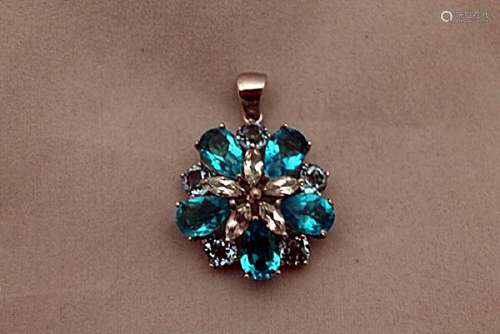 Lavish London Blue Topaz Silver Pendant (72P)