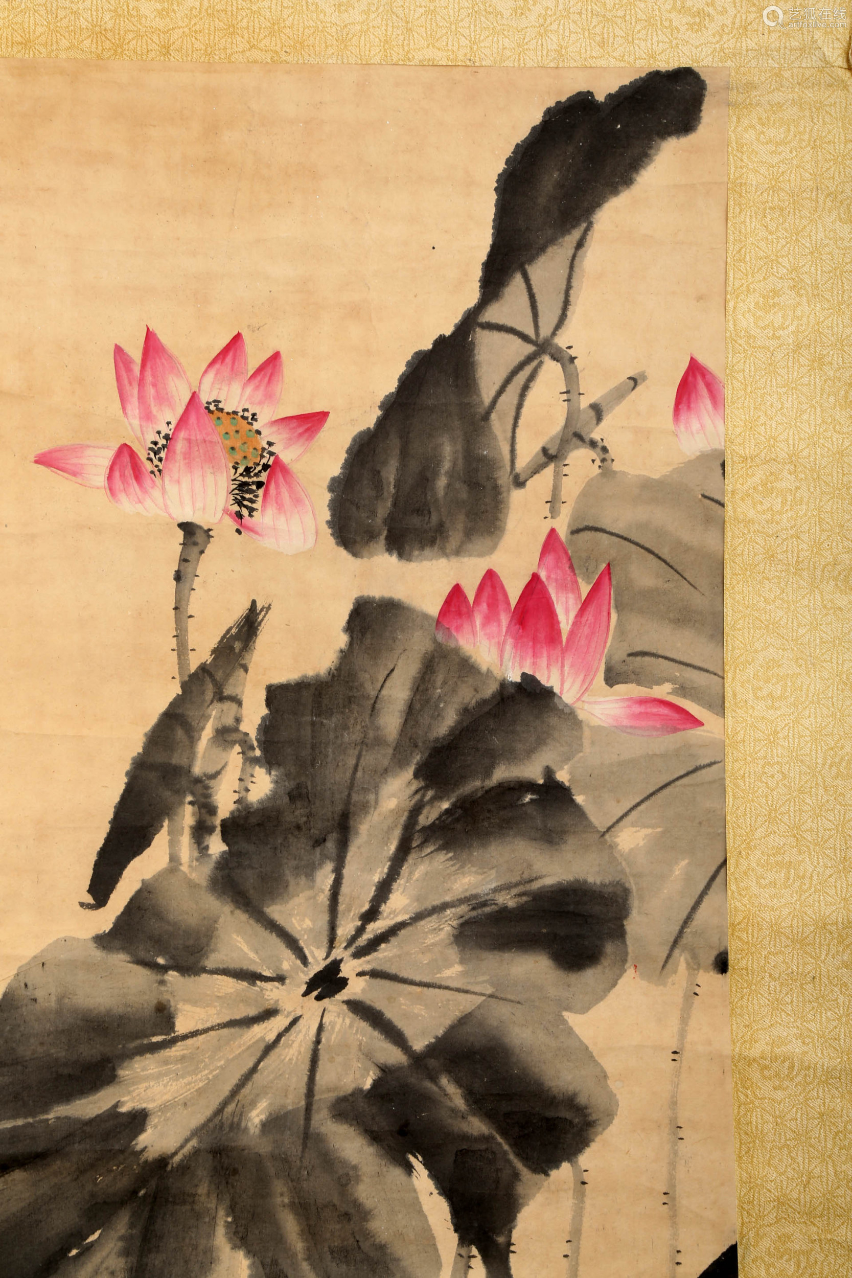 SIGNED LOU SHIBAI (1918-2010). A INK AND COLOR ON PAPER HANGING SCROLL PAINTING.H502.