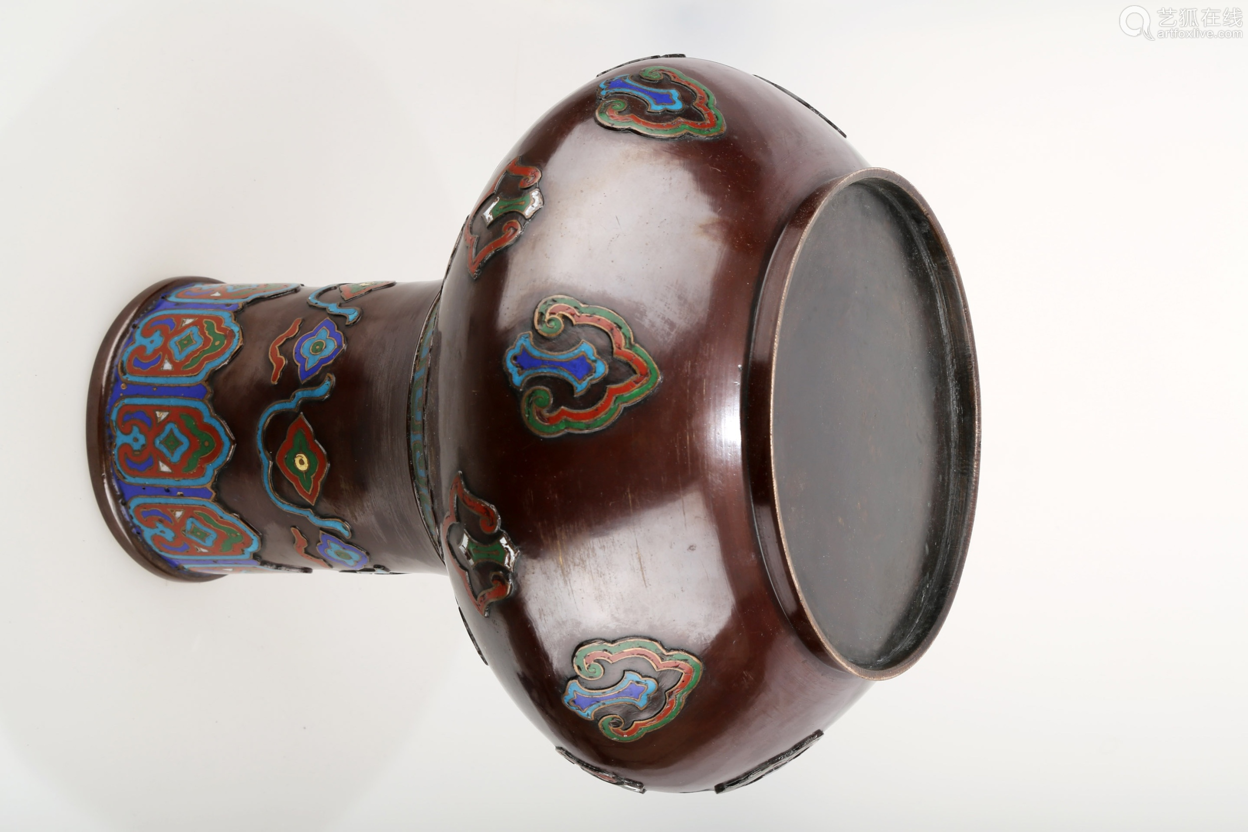 A LARGE ENAMELED BRONZE VASE.J072.