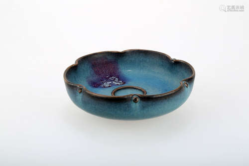 A JUNYAO PORCELAIN LOTUS LEAF-SHAPED DISH.C228.
