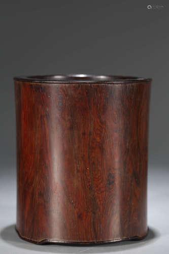红木素笔筒