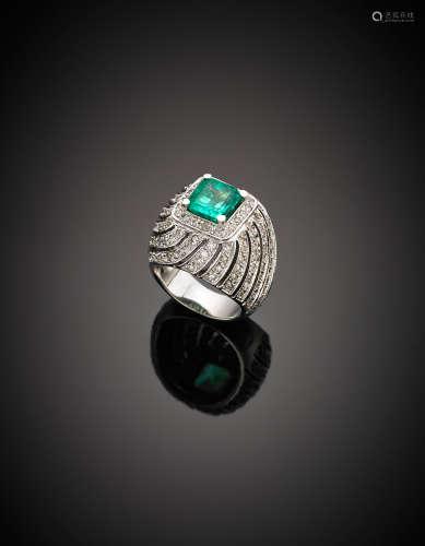 White gold diamond octagonal emerald ring, g 15.80 size 14/54.
