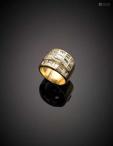 Yellow gold ct. 0.80 circa diamond band ring with baguette diamond surround, g 18.50.