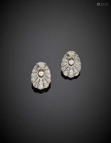 White gold diamond pearl earrings, g 15.20, length cm 2.50 circa.