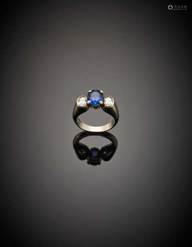 *MISSIAGLIAYellow gold oval ct. 2.11 circa sapphire and two oval diamonds ring, g 7.71 size 11/51.