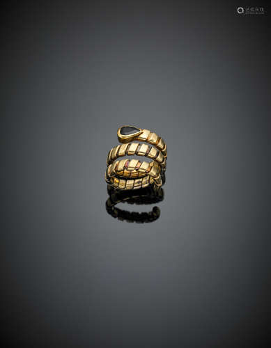 Drop sapphire and yellow gold snake ring g 12.02 size 13-14/53-54.