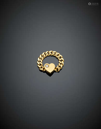 POMELLATOYellow gold gourmette chain ring with a diamond accented heart, g 5.20 size 16/56.