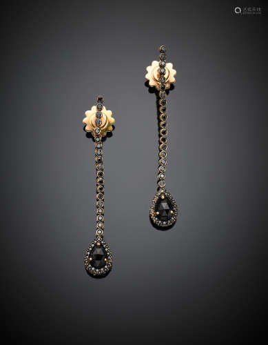 CENTOVENTUNORed gold black round diamond pendant earrings, suspending two briolette, g 7, length cm 5.50 circa.