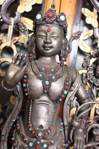 Silver Statue Gvanyin