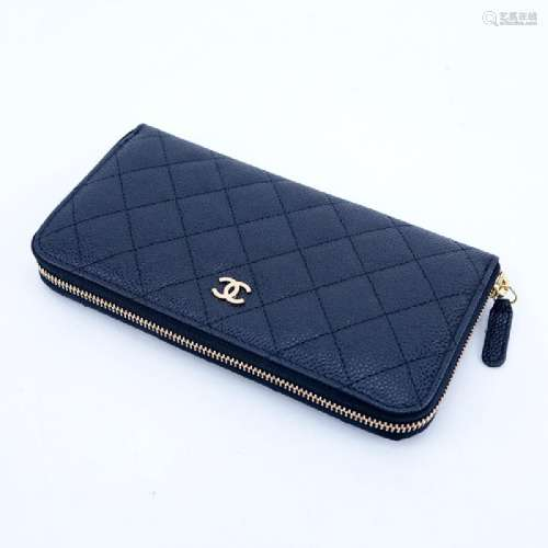 Chanel Black Quilted Caviar Leather L Gusset Zip
