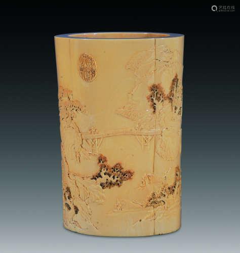 牙雕浮雕洞庭山水海棠花口笔筒