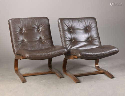 Paar Freischwinger sog. Kangu-Lounge-Chair, ...
