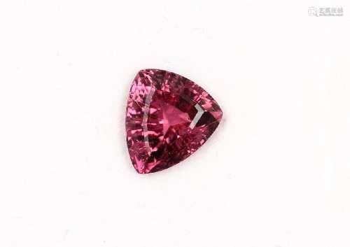 Loose pinkcoloured tourmaline triangle approx.4.33 ct