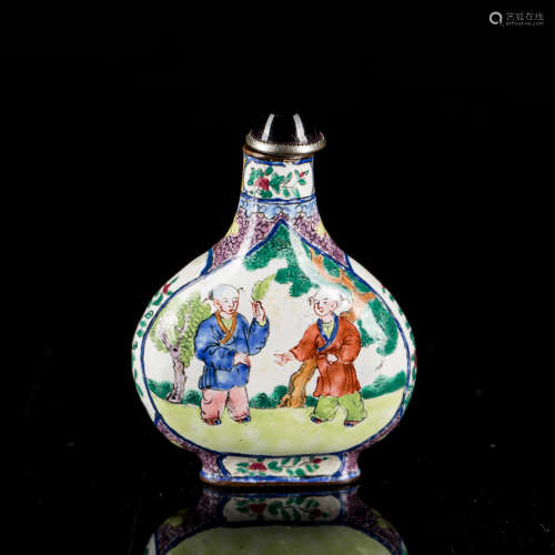 19th Antique enameled Snuff Bottle