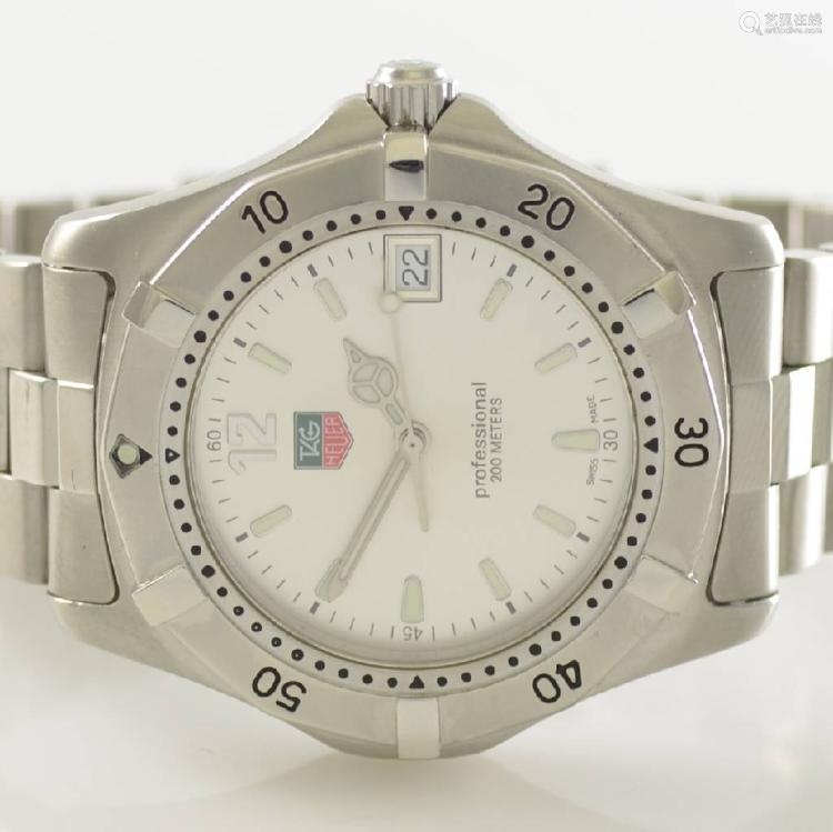 TAG HEUER Professional wristwatch in stainless steel