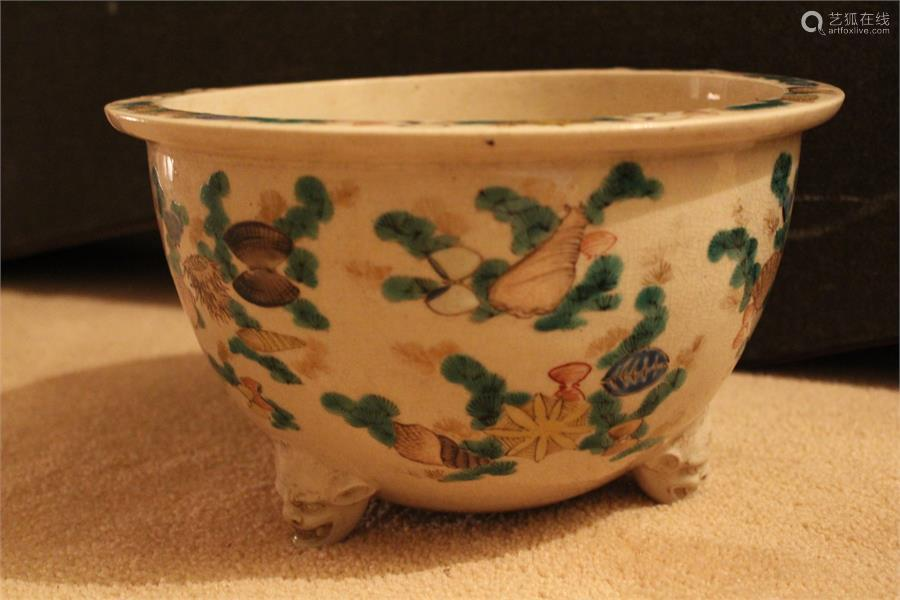A Chinese (export) porcelain tripod censer, painted in overglaze enamels and gilding and decorated
