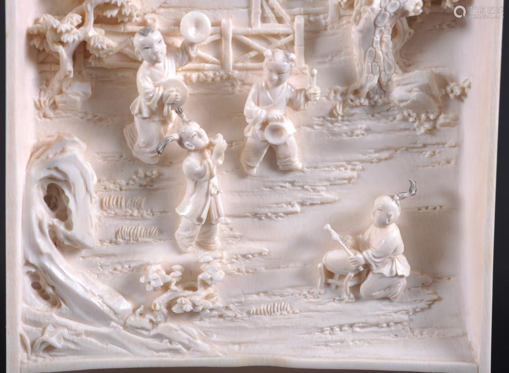 骨雕婴戏图摆件