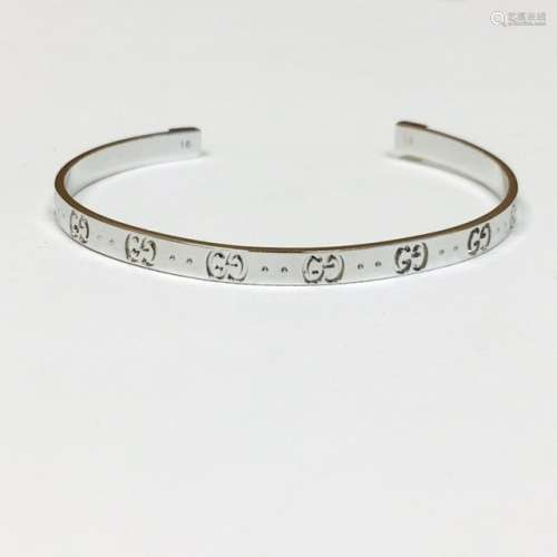 18K White Gold, Gucci Bangle