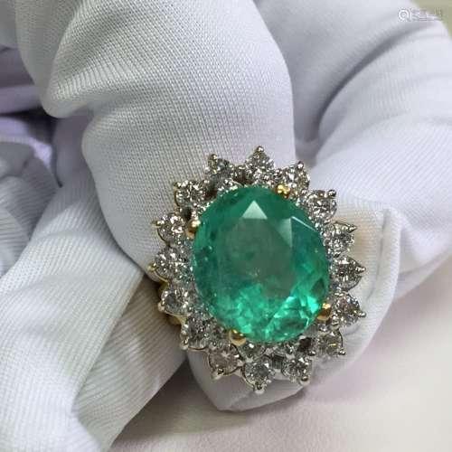 18K Gold 9 Carat Natural Emerald and Diamond Ring