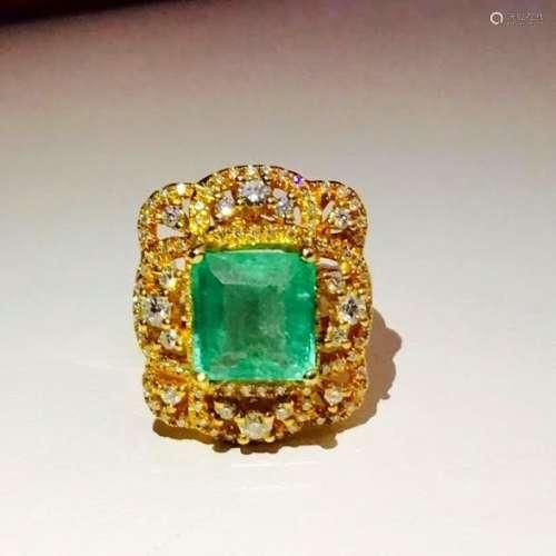 18k Yellow Gold Vintage Emerald Diamond Cocktail Ring