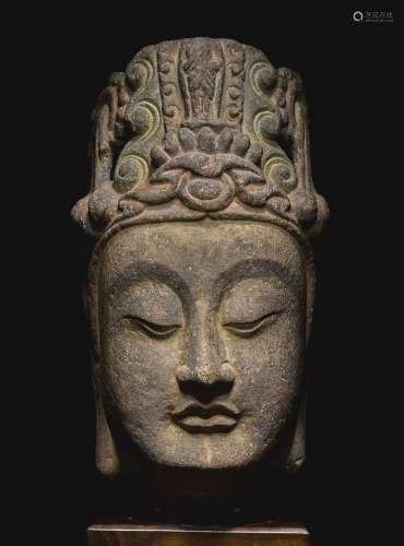 隋 石灰石雕观音首像