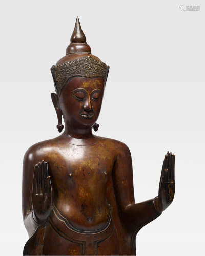THAILAND, AYUTTHAYA PERIOD, 17TH CENTURY A COPPER ALLOY FIGURE OF CROWNED BUDDHA