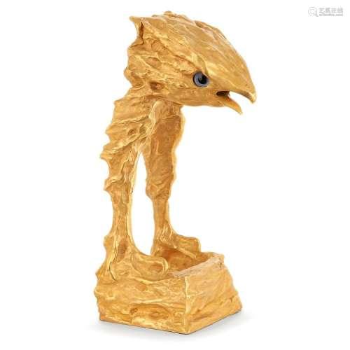 FÉLIX AGOSTINI (1910-1980) Rapace Sculpture en bronze doré. Modèle conçu avec possibilité de changer les yeux en verre. A gilt...