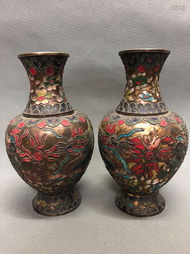 A PAIR OF FILIGREE COPPER BOTTLES, QING DYNASTY