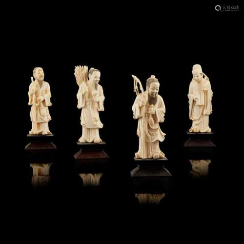 Y GROUP OF FOUR IVORY FIGURES LATE QING DYNASTY/REPUBLIC PERIOD tallest 14cm high (excluding stand)