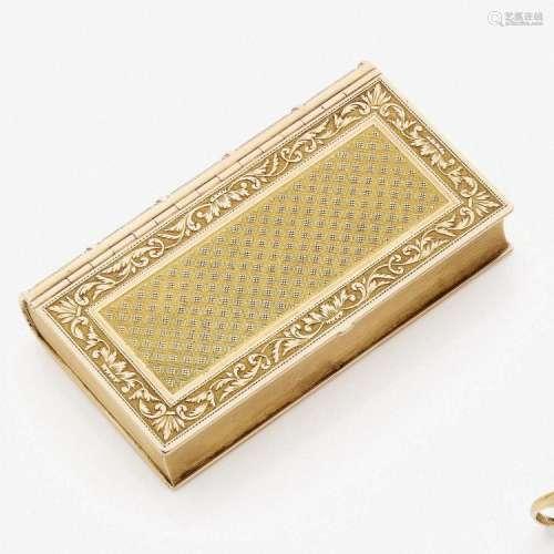 ANNÉES 1819 - 1838 RARE TABATIÈRE LIVRE A gold snuff-box, Paris 1819 - 1838.