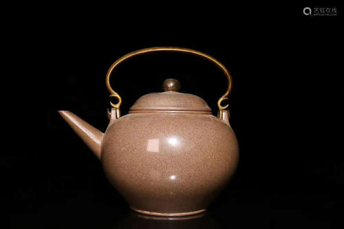 A PURPLE CLAY TEAPOT, QING DYNASTY