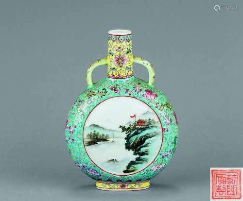 60年代 粉彩开光山水纹抱月瓶