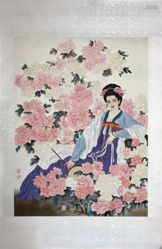 A CHINESE SCROLL PAINTING OF A LADY AND PEONY