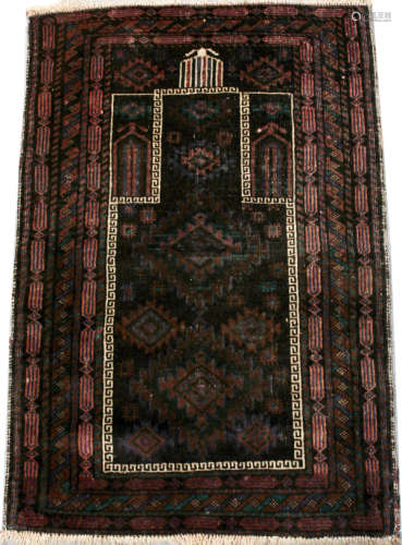 BALUCHISTAN HAND WOVEN ANTIQUE PRAYER RUG